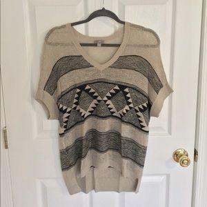 Short sleeve light J.Jill v-neck sweater